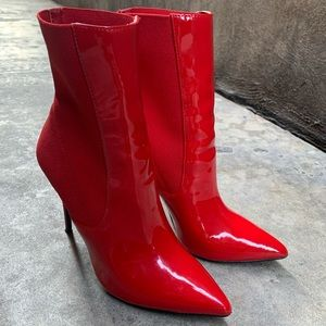 Steve Madden booties 7.5 red patent